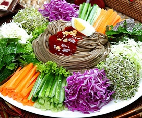 Jangban Guksu - Spicy Buckwheat Noodles w/ Vegetables - ????